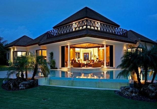 6 bed property for sale in Cappana Lussa, Ocean Club Estates, Paradise Island, Nassau