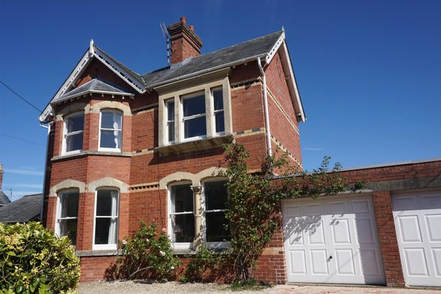 Thumbnail Detached house for sale in Shelburne Road, Calne