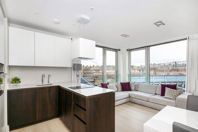 1 bed flat for sale in Tower Bridge Road, London
