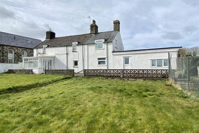 Thumbnail Detached house for sale in Abererch, Pwllheli