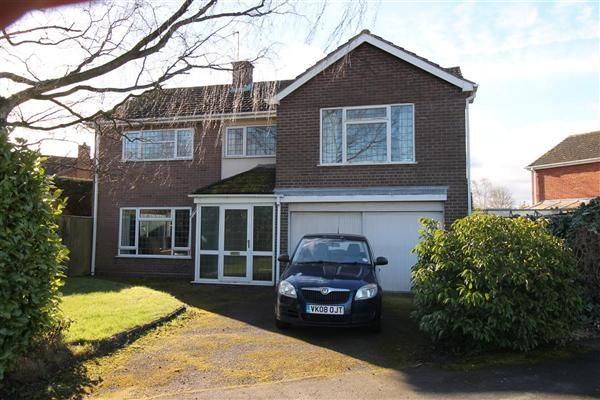Thumbnail Detached house for sale in Burnell Close, Bidford On Avon, Alcester