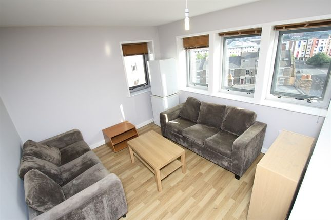 Thumbnail Flat to rent in Falconar Street, Sandyford, Newcastle Upon Tyne