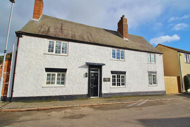 Thumbnail Cottage for sale in The Croft, Turn Street, Syston
