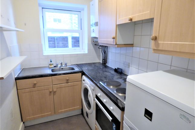 1 bed flat to rent in Coventry Road, Ilford IG1