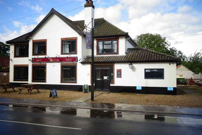 Thumbnail Pub/bar to let in Dereham Road, Mattishall, Dereham