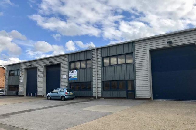Thumbnail Light industrial to let in Unit 26 Vale Industrial Estate, Southern Road, Aylesbury