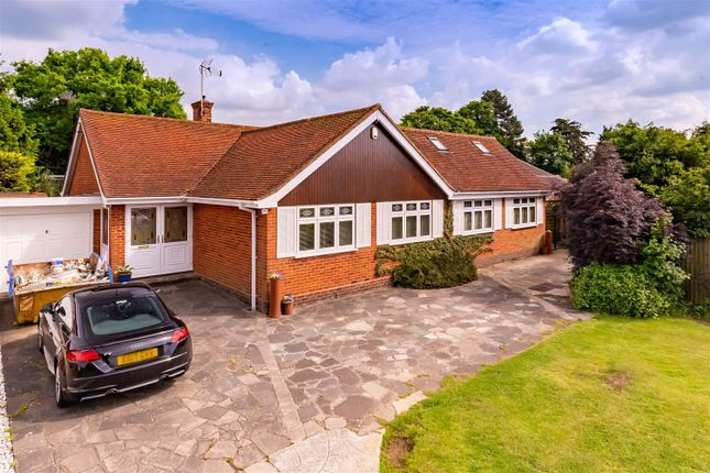 Thumbnail Detached bungalow for sale in Lynceley Grange, Epping