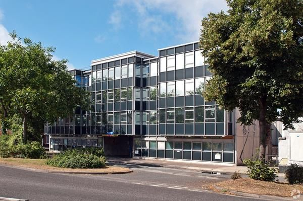 Thumbnail Office to let in Metro House, Serviced Offices, Northgate, Chichester, West Sussex