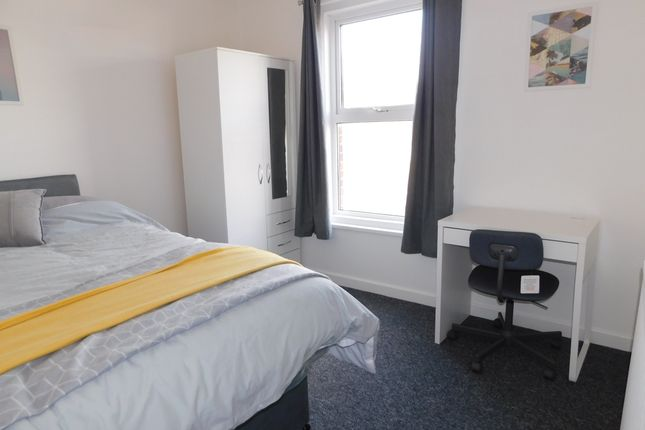 Thumbnail Room to rent in Arnold Road, Southampton