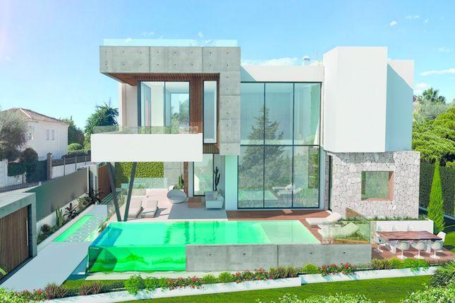 Thumbnail Villa for sale in The Golden Mile, Marbella Area, Costa Del Sol