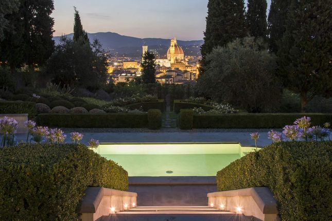 6 bed town house for sale in Florence, Italy