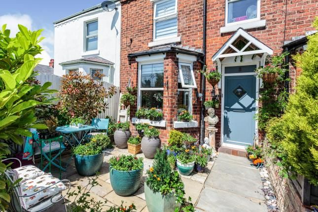 Thumbnail Terraced house for sale in Victoria Street, Lytham, Lancashire, England