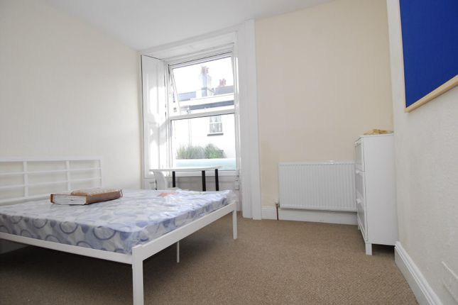 Thumbnail Flat to rent in Prospect Street, Radnor House, Flat 1, Plymouth