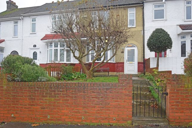 Thumbnail Terraced house for sale in Eastcourt Lane, Rainham