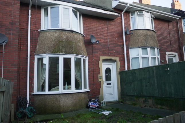 Thumbnail Terraced house to rent in North View, Consett