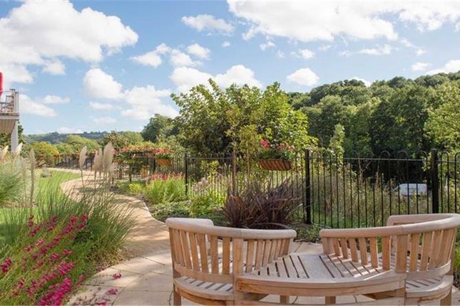 Thumbnail Property for sale in Cainscross Road, Stroud