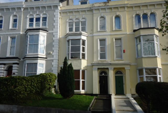 Thumbnail Flat to rent in Woodland Terrace, Plymouth