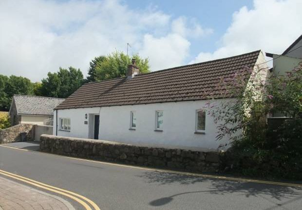 Thumbnail Cottage for sale in East Street, Newport