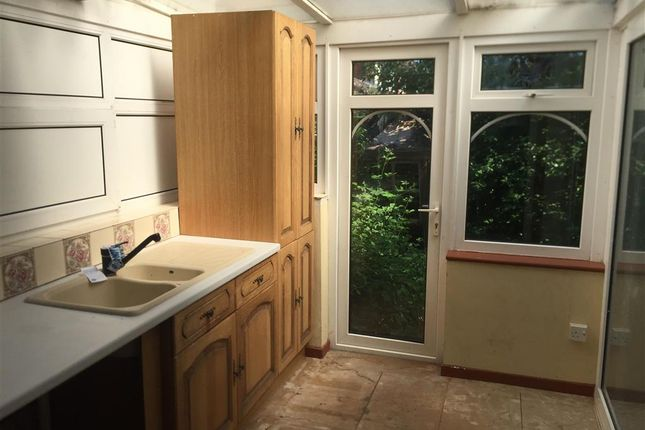 Thumbnail Terraced house for sale in Madeline Road, Petersfield, Hampshire