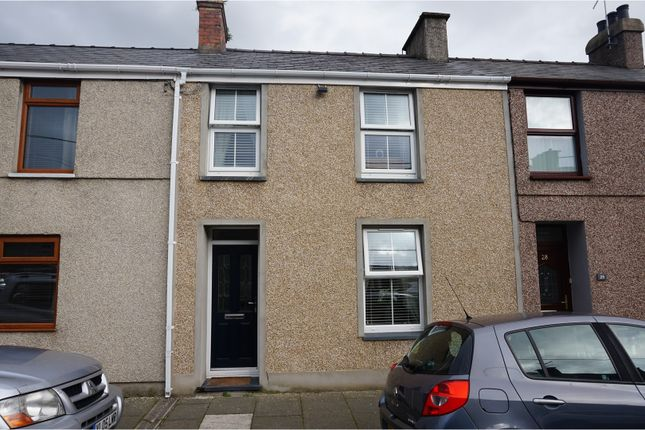 Thumbnail Terraced house for sale in East Avenue, Porthmadog