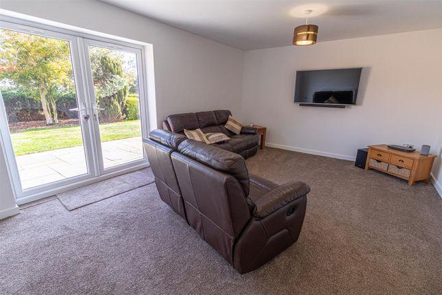 Lounge of Bellview, Tan Lane, Little Clacton CO16