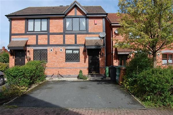 Thumbnail Town house to rent in Turton Close, Bloxwich, Walsall