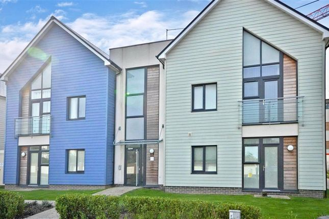 Thumbnail Flat for sale in Eirene Road, Worthing, West Sussex