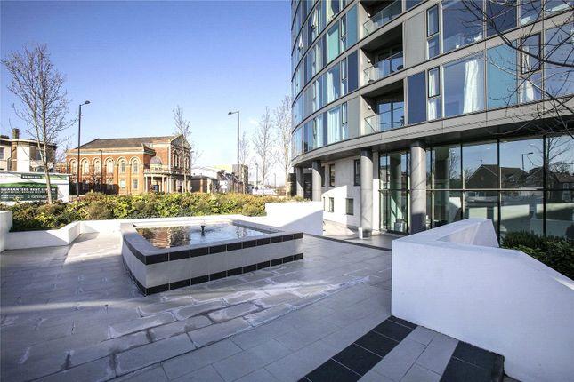 Picture No. 13 of Newgate, Croydon, London CR0