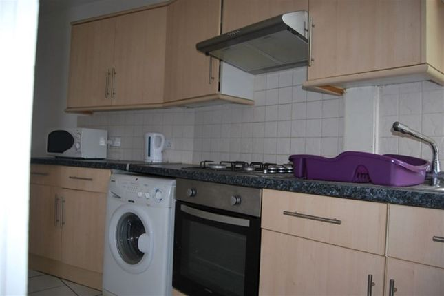 Thumbnail Property to rent in Bardon Hall Mews, Weetwood Lane, Weetwood, Leeds