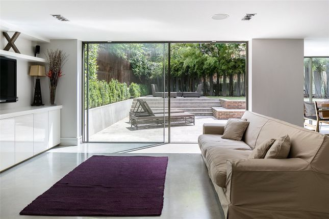 Thumbnail Property to rent in Chelsea, London