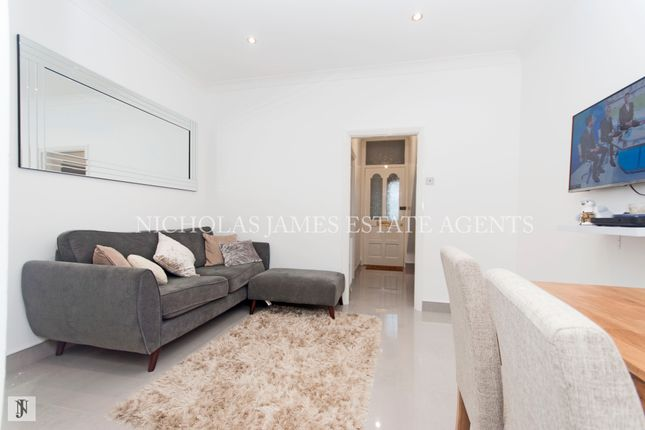Thumbnail Flat for sale in Morley Hill, Enfield