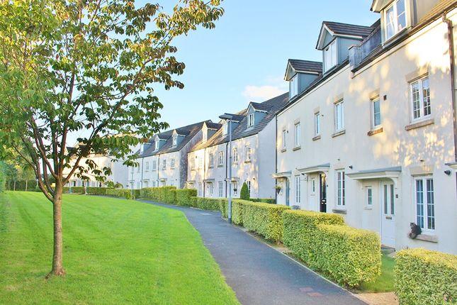 Thumbnail Terraced house to rent in Manor Way, Tavistock