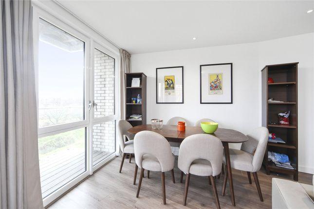Picture No. 04 of Rivulet Apartments, Devan Grove, London N4