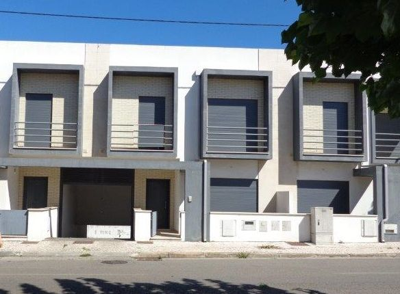 3 bed town house for sale in Avelar, Ansião, Leiria, Central Portugal