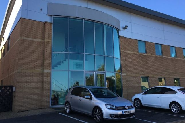 Thumbnail Office to let in No.1 900 Capability Green, Luton