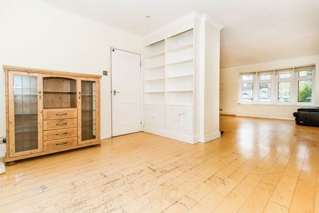 Thumbnail Detached house for sale in All Saints Close, Chigwell
