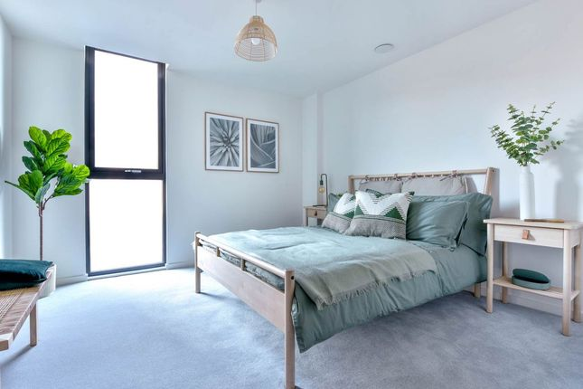1 bedroom flat for sale in Smith's Dock, North Shields