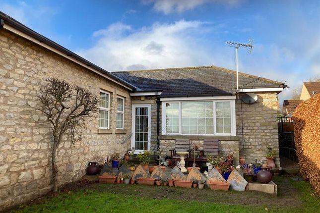 2 bed bungalow for sale in Kirkdale Court, Kirkbymoorside, York YO62