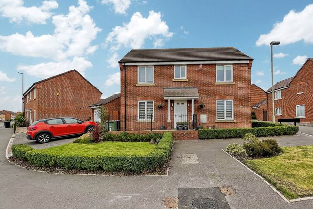 Thumbnail Detached house for sale in Chandler Drive, Kingswinford