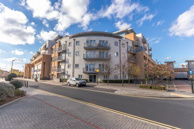 Thumbnail Flat for sale in Woodall Court, Croydon, London