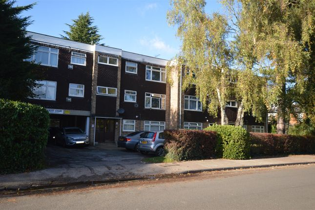 Thumbnail Flat for sale in Ascot Court, Winton Drive, Croxley Green