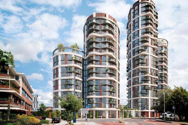 Thumbnail Flat to rent in Cambridge Rd, London