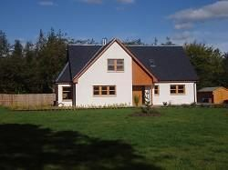 5 bed detached house to rent in West Calder EH55