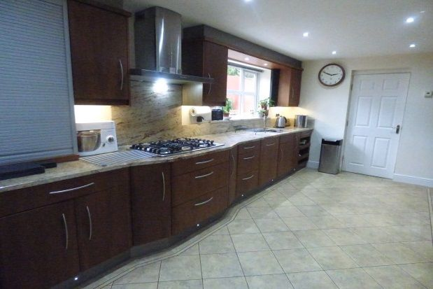 Thumbnail Property to rent in Cavell Close, Guide, Blackburn
