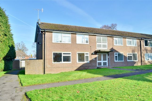 2 bed flat for sale in East Grinstead, West Sussex