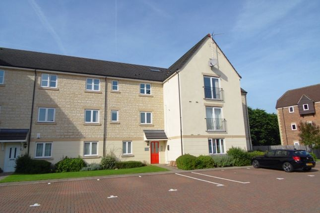 Flat to rent in Thornley Close, Abingdon