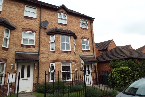 Thumbnail Property to rent in Severn Drive, Hilton, Derby