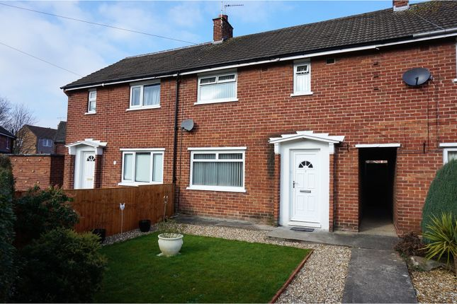 Thumbnail Terraced house for sale in Aspen Way, Chester