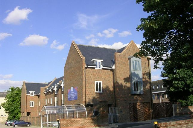 Thumbnail 2 bed flat to rent in Princes Mews, Royston