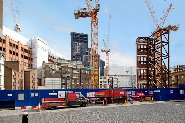 Thumbnail Flat for sale in Vicary House, St Barts, London